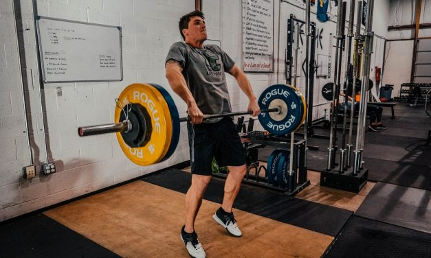 3 MAJOR Reasons You Aren't Seeing Progress in The Gym