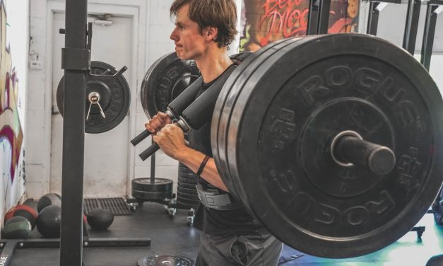 10 Ways to Stop Wasting Time in The Gym